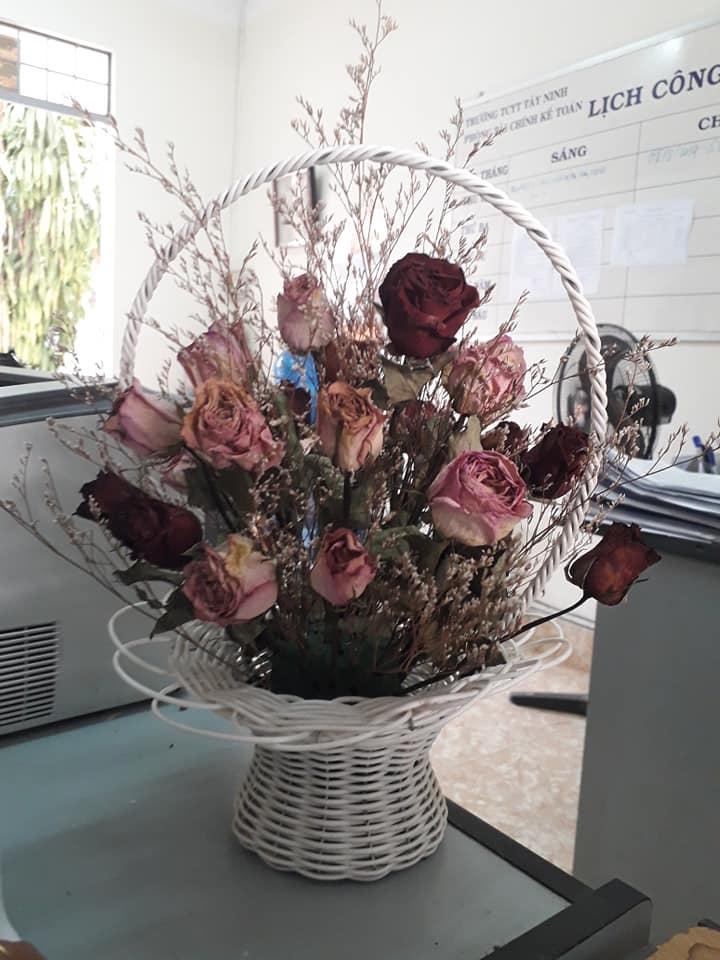 Bí quyết giữ hoa hồng tươi lâu ngày